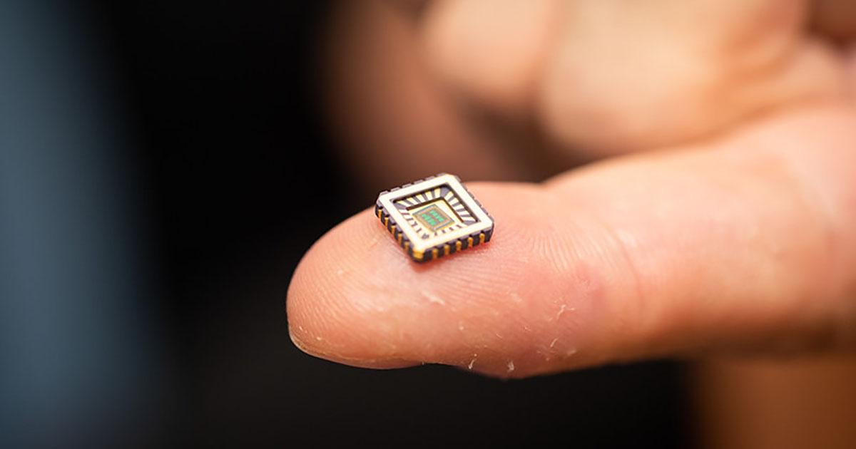Neuroni artificiali cip silicon