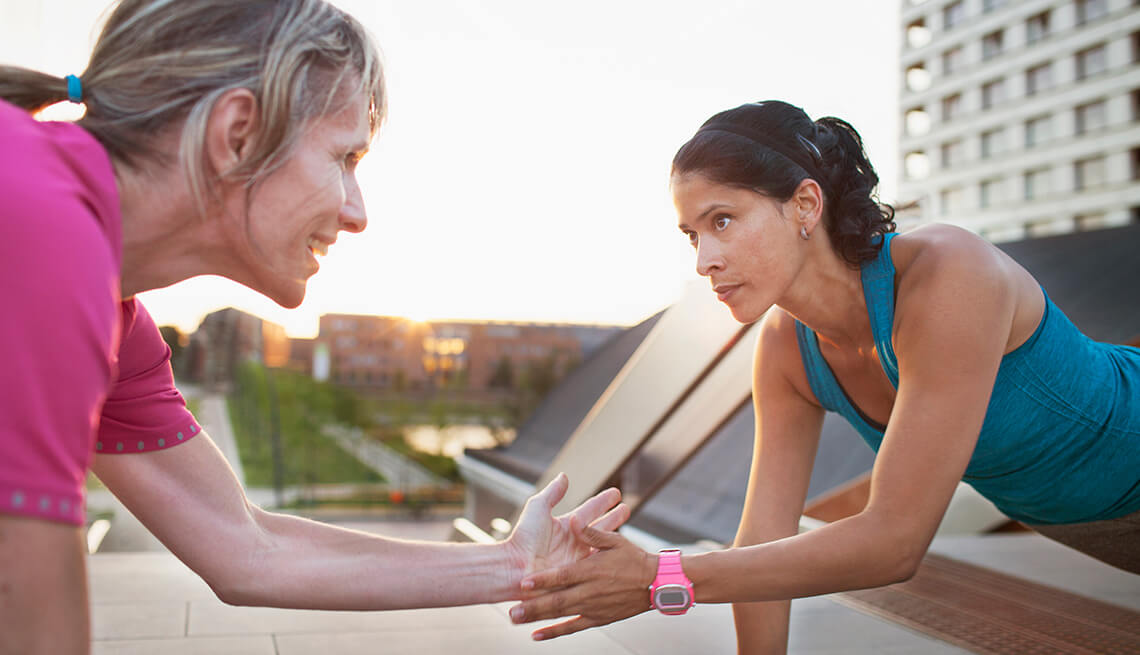 forta musculara femeie varstnica antrenament HIIT-2