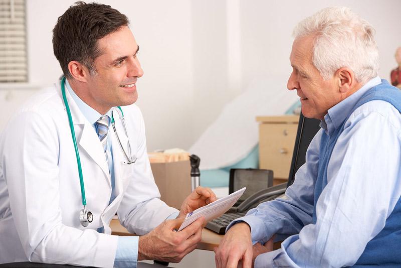 Discuție pacient doctor